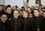 Presidente com alunos do Colégio Militar