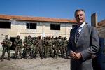 Presidente com militares da CPLP