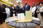 Escritores angolanos com o Presidente