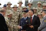 Greeting airmen returned from Afghanistan